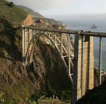400px-Bixby_Bridge_(2)
